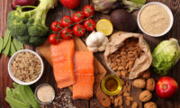 Какими продуктами заменить вредную и высококалорийную пищу?